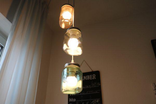 Lampe-aus-Einmachgläsern-DIY-1