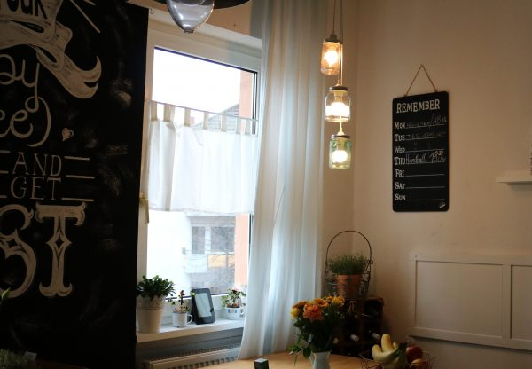 Lampe-aus-Einmachgläsern-DIY-5